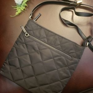 Tommy Hilfiger dark blue quilted purse. One Size